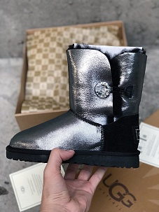 UGG BAILEY BUTTON BLING 1002174w